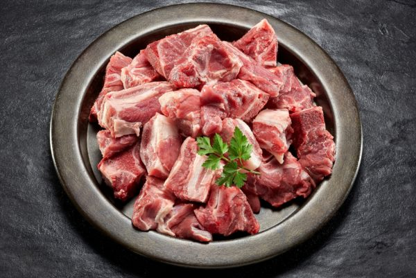 0290STEWING BEEF BONE IN. 1Kg